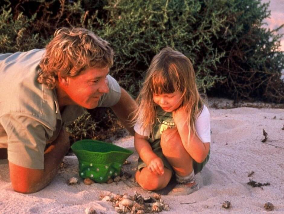 Bindi Irwin dedicates a touching tribute to her father Steve on the anniversary of his death